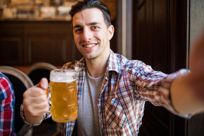 Dělá pivo opravdu hezká těla? Pro aproti alkoholu ve fitness