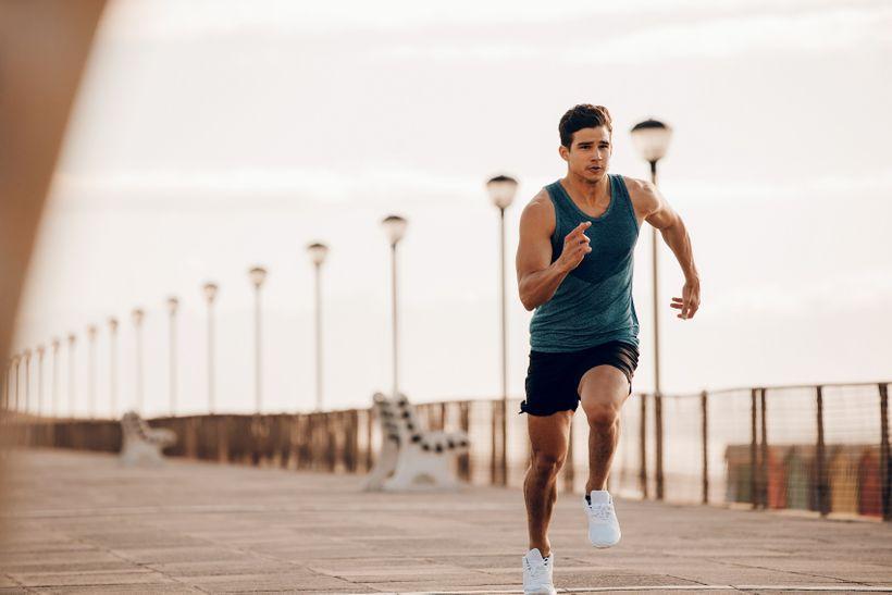 Dech může zlepšit výkon vposilovně irychlost běhu. Naučte se dýchat správně