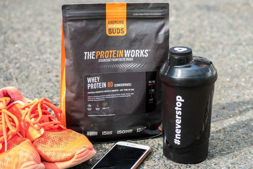 Jak vybrat potréninkový protein? Boříme mýty okaseinu ahydru