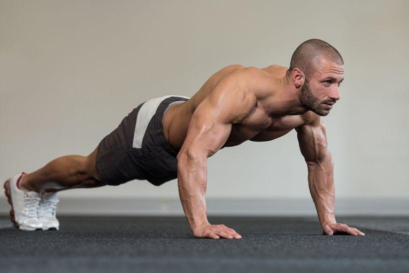 Jak si udržet, nebo dokonce zvětšit svaly asílu ibez posilovny?