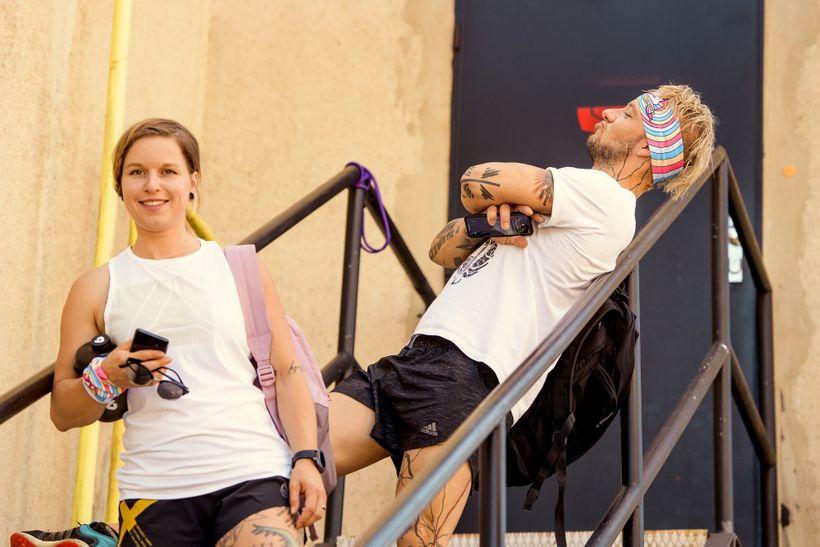 Extrémní běhy, činky acestování! Red Bull roadtrips sLu Gregorovou startují výběhem na Ještěd