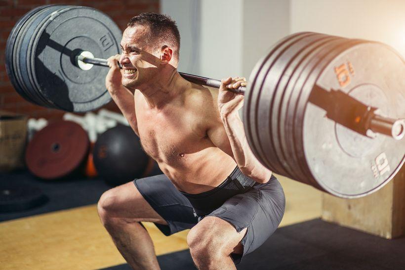 Okolik kalorií ana jak dlouho dokáže silový trénink zrychlit metabolismus?