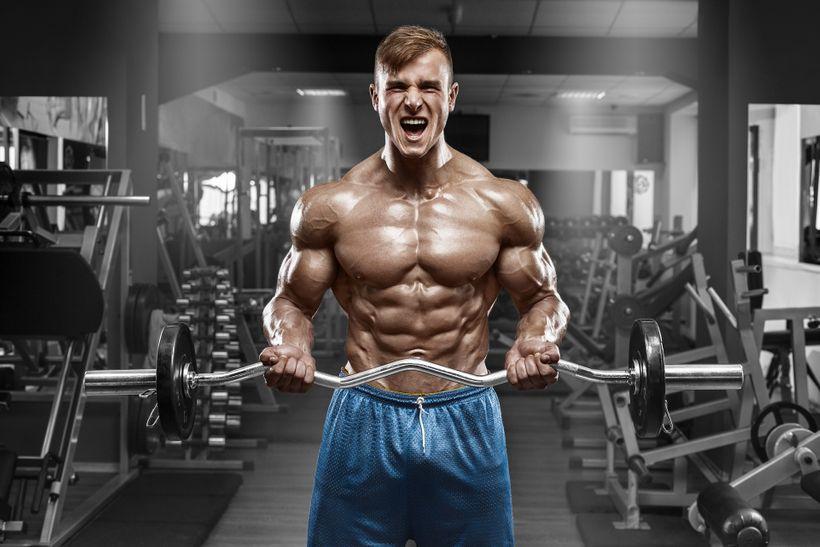 Piju protein, ale výsledky nikde! Vyplatí se to vůbec?