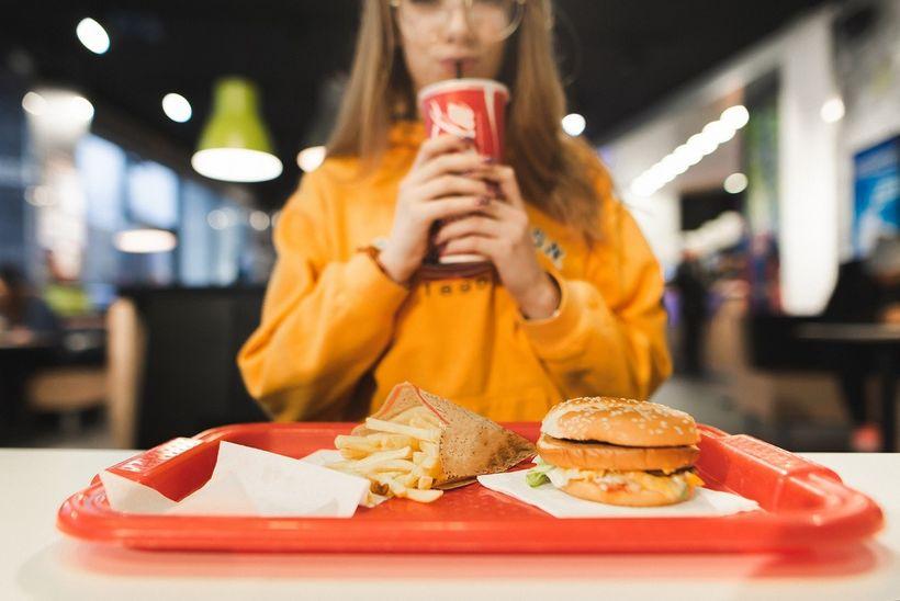 Jak se zdravě najíst ve fast-foodu?