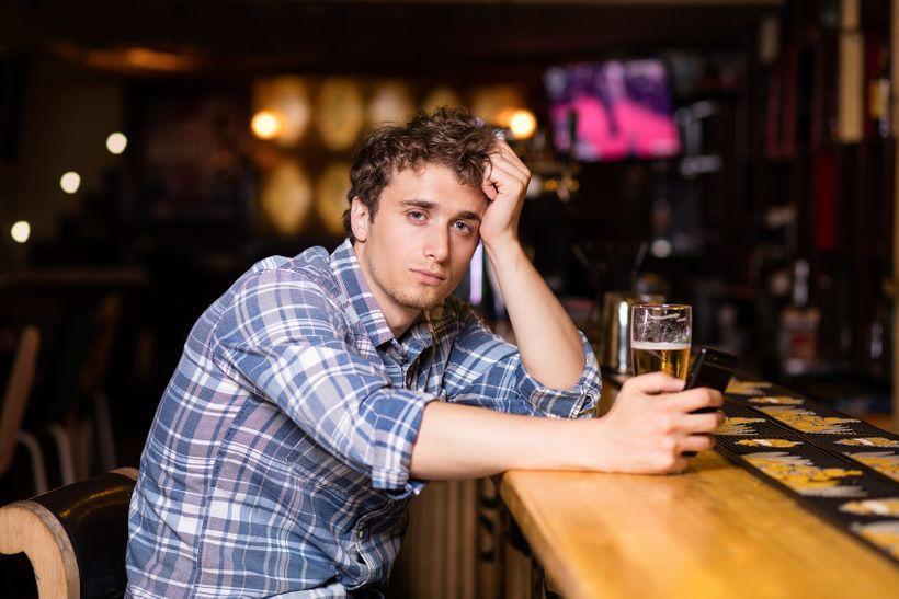 Alkohol afitness: Jak alkohol ovlivňuje hubnutí, růst svalů avýkonnost?