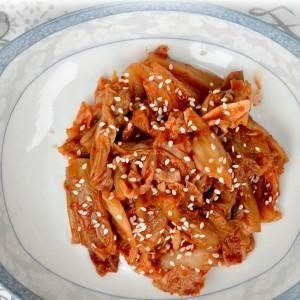 http://www.menudomu.cz/wp-content/uploads/2014/01/kimchi-recept-300x300.jpg