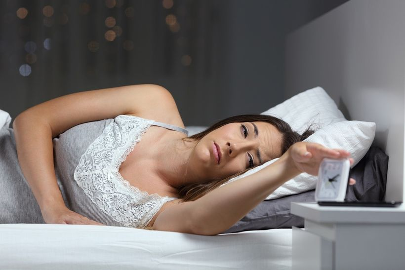 Proč moderní technologie narušují spánek ajak moc je pro klidnou noc důležitý melatonin?