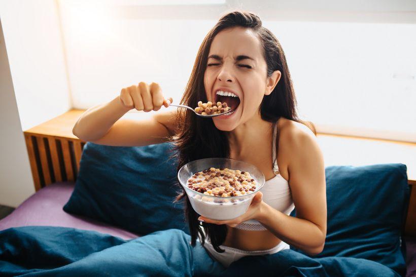 Refeed day: Jak hubnout rychleji díky tomu, že budete jíst více