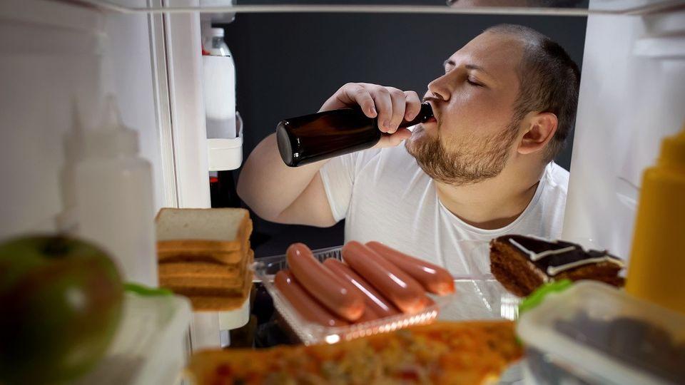 288 piv a 80 kg masa. Co dalšího ročně spořádá průměrný Čech?