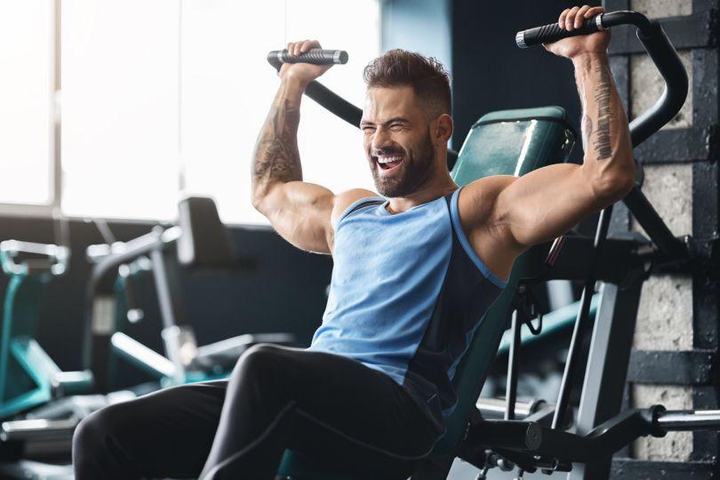 5 efektivních cviků pro široká a kulatá ramena