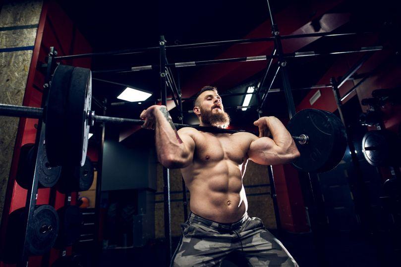 6 cviků na kulatá ramena a mohutné trapézy