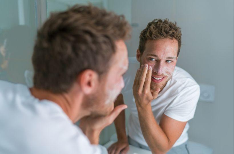8 oblastí životního stylu, na které se zaměřit při boji s akné