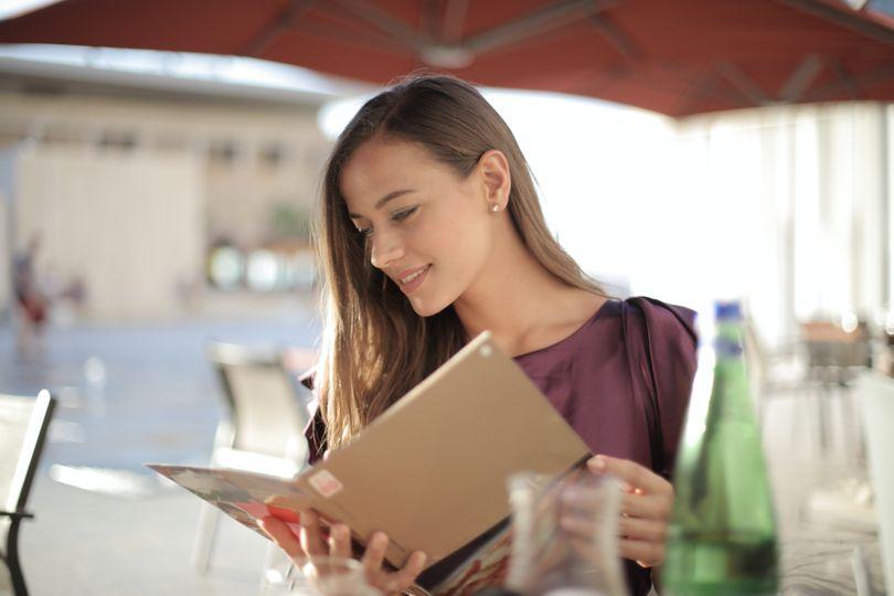Jak jíst venku zdravě? 9 tipů, co si v restauraci (ne)vybírat