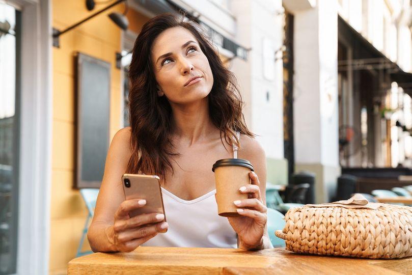 Hledá se lék na epidemii obezity. Pomůže káva? A je opravdu zdravá?