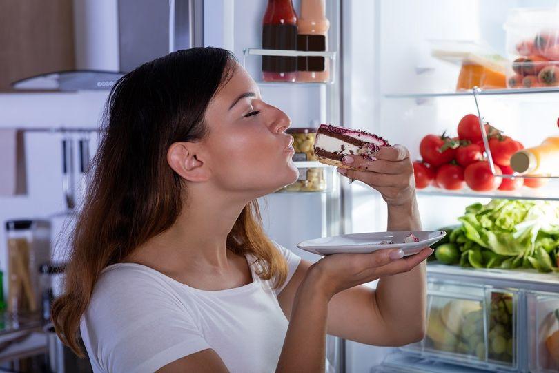 Jak hlad ovlivňuje výběr jídla a tloustnutí?