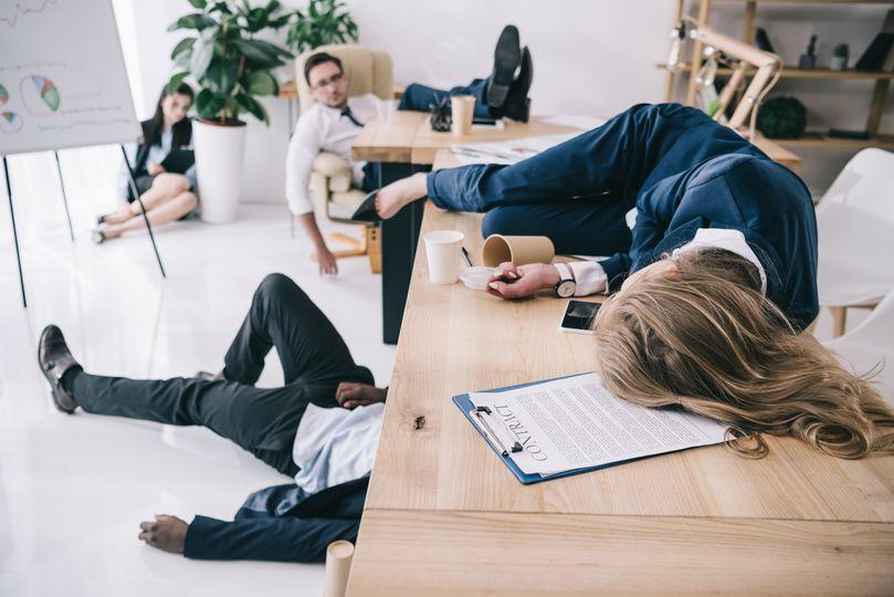 Jak se vyhnout poobědovému úpadku energie, koncentrace a ospalosti?