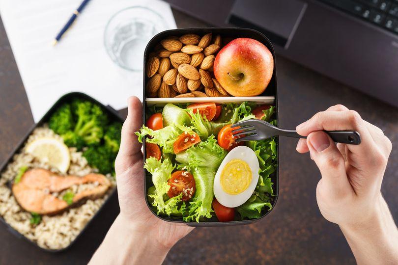Jde to i bez vážení! Zjistěte, jak správně jíst i bez počítání kalorií
