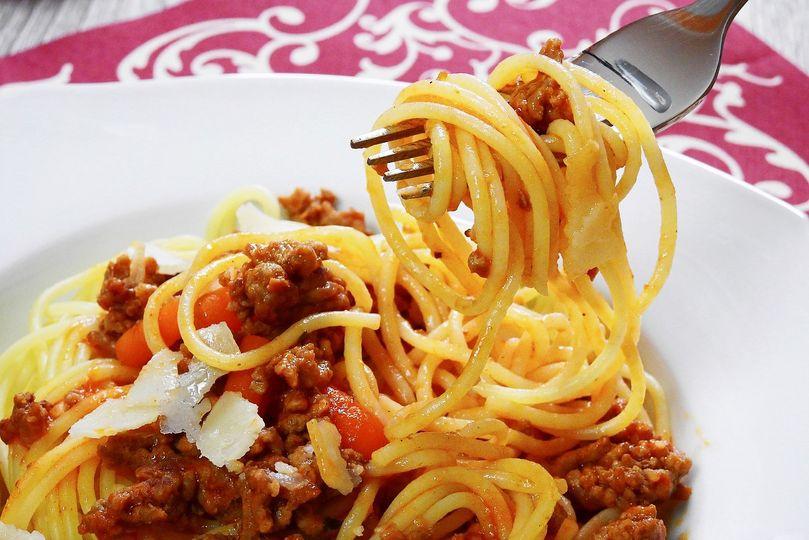 Jezte špagety a zhubnete, tvrdí český portál pro ženy! Nelžete lidem, reaguje Aktin