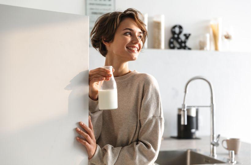 Mohou rostlinné alternativy kvalitně nahradit kravské mléko?