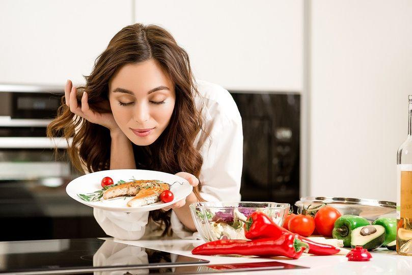 Mořská sůl, ryby nebo mléko. Co jíst pro zdravou a funkční štítnou žlázu?