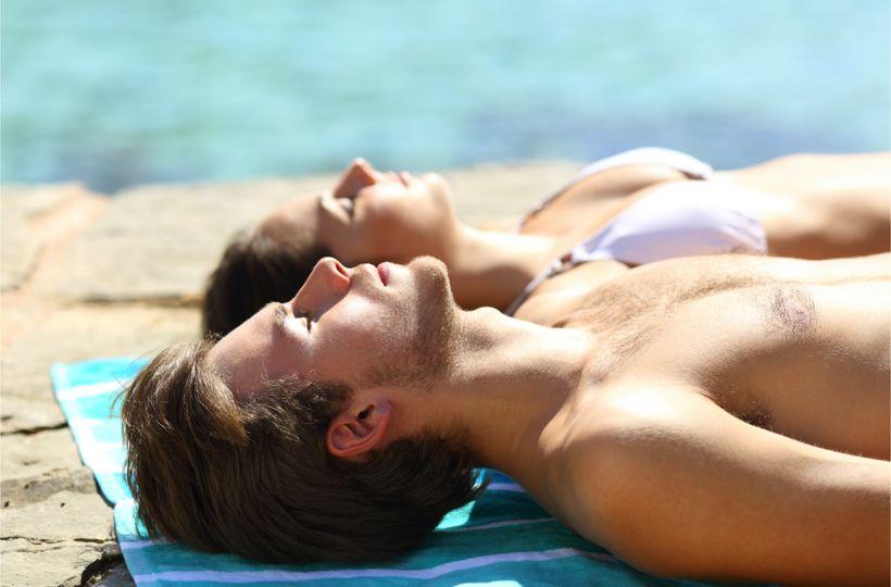 Pobyt na slunci: Doplní vitamin D, podpoří zdraví, ale všeho s mírou