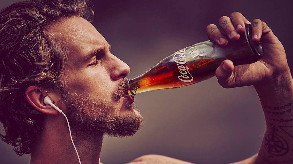 Pravda o Coca-Cole! Výživová tragédie, nebo účinný lék?