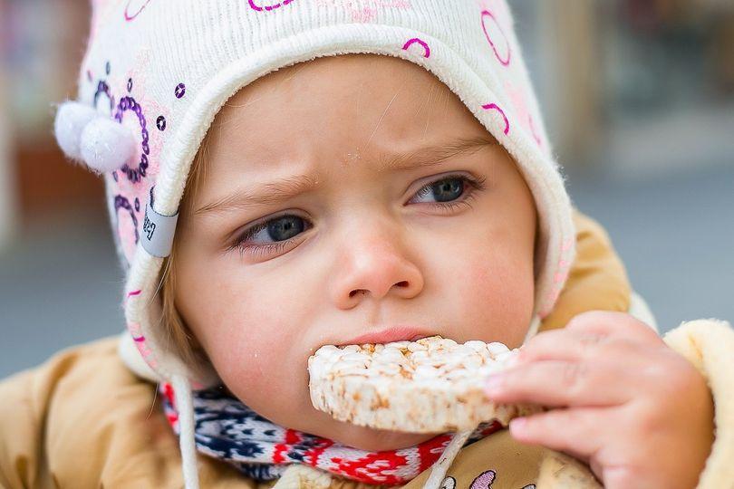 Pravda o rýžových chlebíčcích a kaiserkách! Jsou stejné jako bílý rohlík?