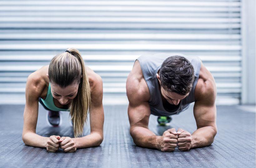 Proč je plank skvělý cvik a jak ho cvičit správně