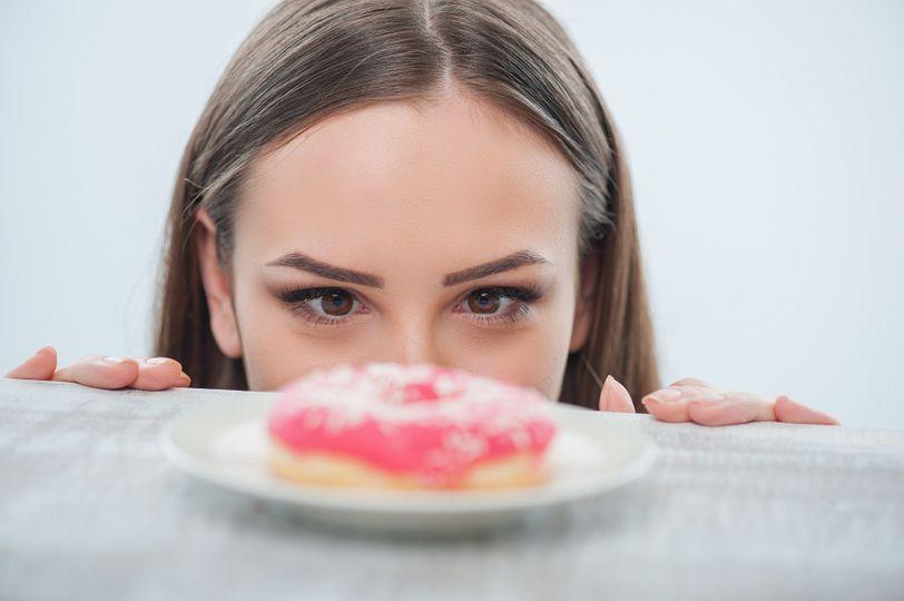 Proč sakra nehubnu, když jsem vyřadila sladkosti a pečivo?