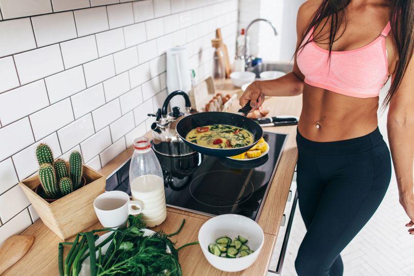 Snídaně jako základ dne: Klíč k hubnutí, nebo přežitý mýtus?