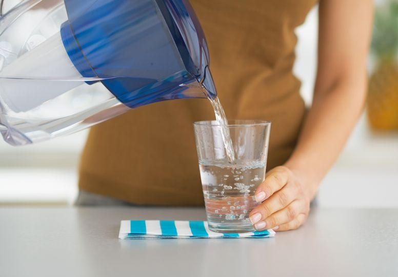 Zlepšují filtrační konvice kvalitu vody? Ne vždy tomu tak musí být