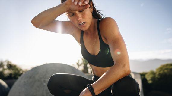 10 rad co dělat, když jdete cvičit v pekelném vedru