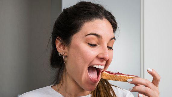 5 chyb, kterými zabíjíte zdravou snídani. Neděláte nějakou z nich?
