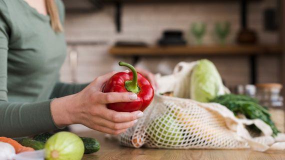 Jak snížit uhlíkovou stopu pomocí jídelníčku