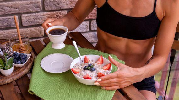 Co jíst a jak suplementovat před tréninkem?
