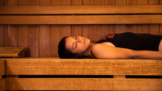 Infra sauna: v čem se liší od té klasické a jak ovlivňuje lidské tělo?