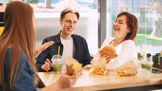 Jde se zdravě najíst ve fast-foodu? Poradíme jak si vybrat