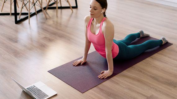 Jak začít s jógou doma