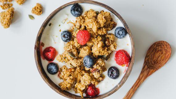 Proč je granola skvělou součástí snídaně?