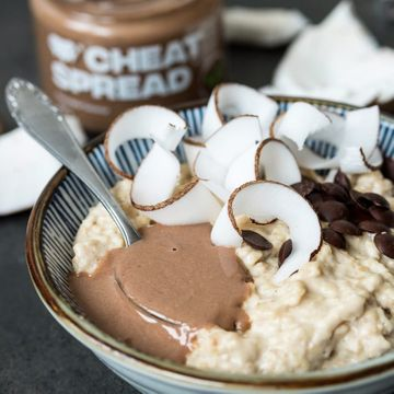 Dokonalé spojení čokolády a kokosu v novém Cheat Spreadu - Chocolate Coconut.