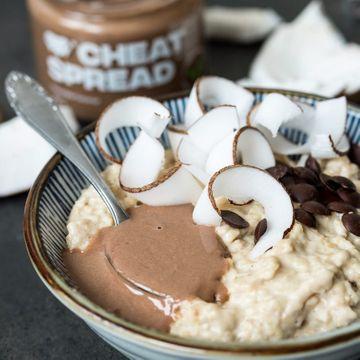 Dokonalé spojenie čokolády a kokosu v novom Cheat Spreadu - Chocolate Coconut.