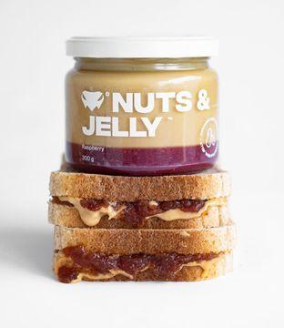 Peanut butter & jelly sandwich? Nikdy nebylo snažší si ho udělat!