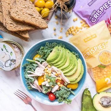Slané Bodylab protein crispies vytuní vaši salátovou misku o kvalitní bílkoviny!
