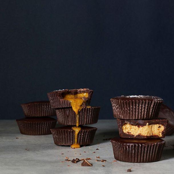 Čokoládový košíček plněný  lahodným krémem