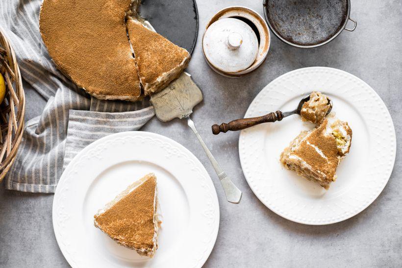 Jednoduchý fit jablečný dort připomínající dětství