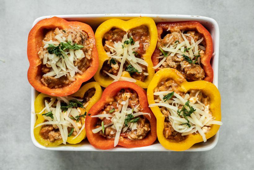 Barevná večeře plná bílkovin: Plněné papriky