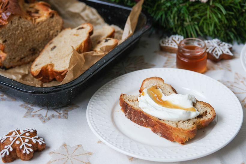 Ohromte proteinovou vánočkou, kterou nerozeznáte od té tradiční máslové