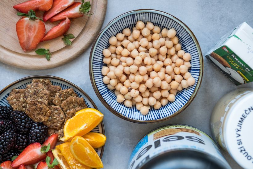 Tip na výživnou svačinu: Proteinový hummus nasladko