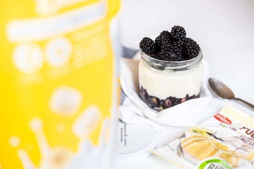 Svačiny s vysokým obsahem bílkovin: Domácí proteinový puding s vanilkovo-banánovou příchutí