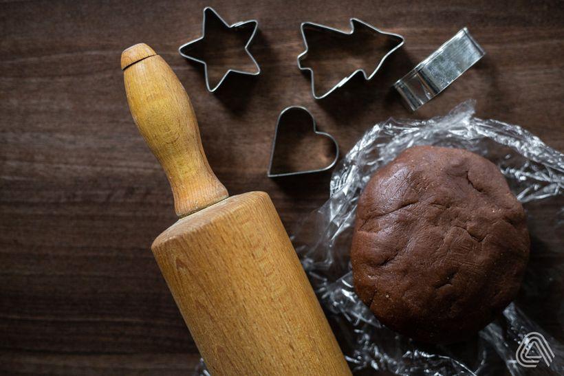 Kakaové linecké cukroví s meruňkovou marmeládou